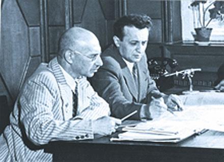 Артем Иванович Микоян и заместник Михаил Иосифович Гуревич.