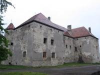 замок Сент-Миклош в Чинадиево